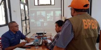 Laporan dari Posko Utama Gugus Tugas Covid-19 Kabupaten Lembata Melalui Video Teleconference. (Foto Dok. Diskominfo Kab. Lembata)
